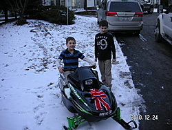Help me brighten two young boys Christmas-pict1753.jpg