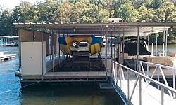 Boat lift for Cat-lift.jpg