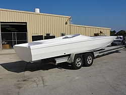 Outerlimits Adding 28- and 36-footers-2011phantom30.jpg