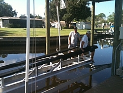 Boat lift for Cat-lift.jpg