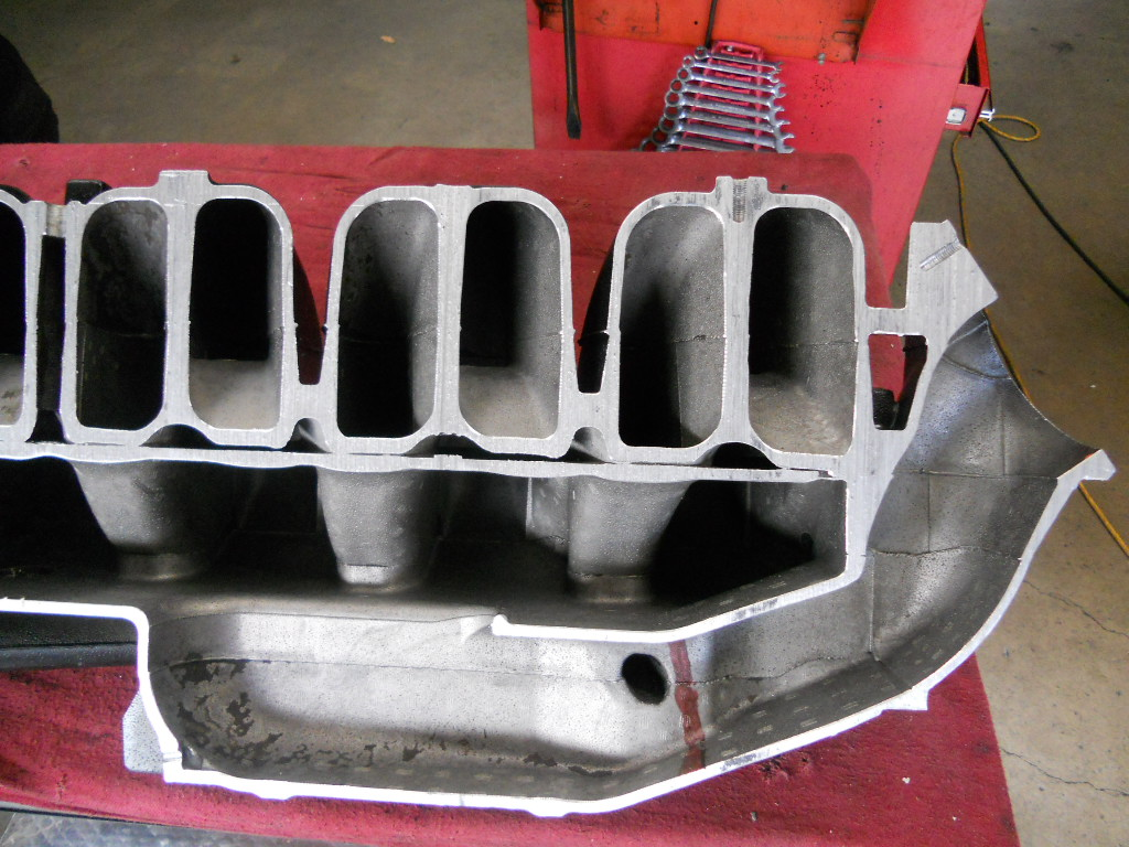 D Some Inside Looks Gm L Alias Merc Stock Manifold Sections