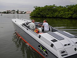 looking for the fastest 30-33 foot twin-engine vee-hull-035.jpg