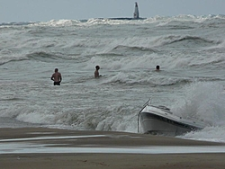 18ft bow rider on Lake Michigan with reported 6-10 footers-28682623115876325421334%5B1%5D.jpg