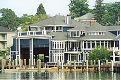 Suggestions/pictures for boat houses on a lake-boat-house2.jpg
