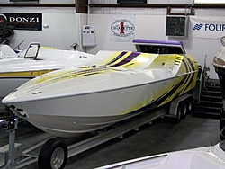 Who is Still making a non stepped hull?-33_cougar_01.jpg