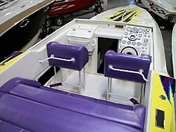 Who is Still making a non stepped hull?-33_cougar_03.jpg