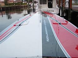 Who is Still making a non stepped hull?-miami-boat-show-fun-run-055.jpg