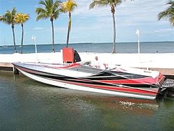 Who is Still making a non stepped hull?-miami_boat_show_fun_run_080.jpg