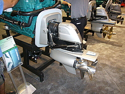 Bow Thrusters, Skyhook (dynamic positioning), Joystick for docking in a hot-rod boat?-volvo_dpr.jpg