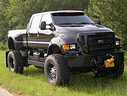 When is a dually needed?-ford-f-650-2-600x450.jpg