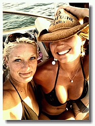 Boater Girl of the Day-529333_10151005767884306_730520710_n.jpg