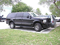 FYI - Ford Discontinues Excursion-excur.jpg