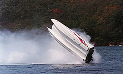 Pro's & Con's between full tunnels and tunnels with center pods-boat_flip_saturday.jpg