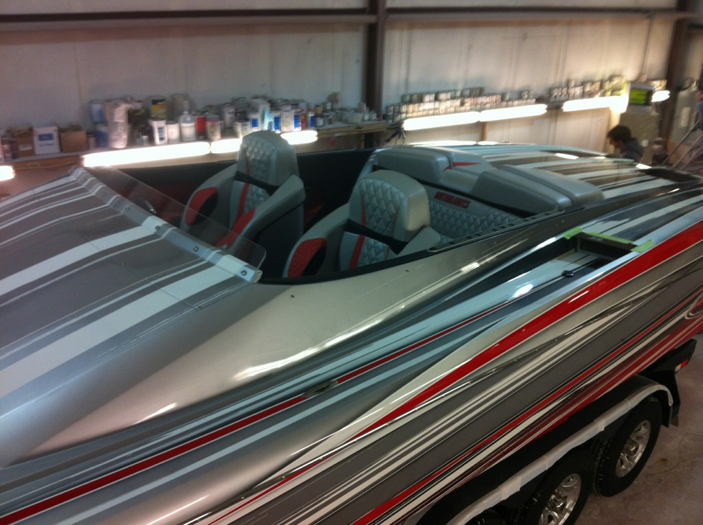 Custom painted Outerlimits 36SL at Performance Boat Center