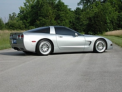 Who was looking for pictures of C5's?-sideshot1_web.jpg