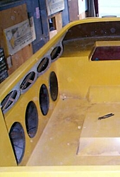 Stereo system in boat-speakers.jpg