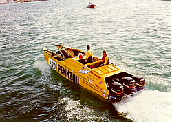 Life Jackets and a 24 Skater-pennzoil2.jpg