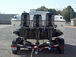 3 x 300 yamaha outboards-rear-view-motor.jpg