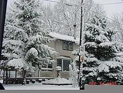 White Christmas-house.jpg