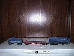 I think we can all agree, there is nothing cooler than a Lionel train....-dsc00003.jpg