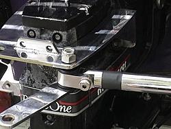 steering quiz...-hydraulicbracket2.jpg