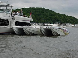 I've got all these cool boat pics....so I'm gonna post some of them....-mvc-009s.jpg