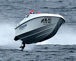 Powerboat photo???WTF???-e-e-trucking.jpg