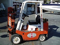 Special Edition Nissan CIGARETTE Tow Rig-pc130011.jpg