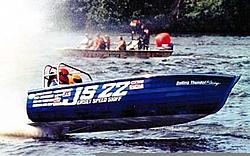 NJ Boyz remember the Jersey Speed Skiffs and Garvey races? Nice pics!! --->-waytogojss.jpg