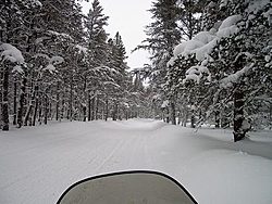 Who wants to snowmobile-snowmobile-oso-up-014.jpg