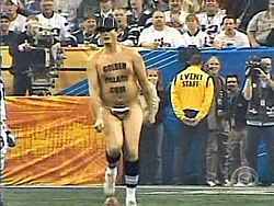 OT-For da ladies-Super Bowl Streaker-streker-3.jpg