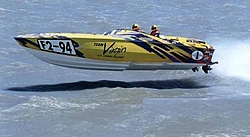 Cigarette F-2 Race Pictures-tvcig_1_r.jpg