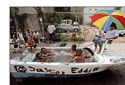Look-Good uses for old boat-ghettopool.jpg