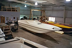 Chief Powerboats Factory Pictures!-005_2-small-.jpg