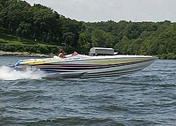 Weekend boating at Grand Lake, Oklahoma-02-top-gun-lip-ship2.jpg