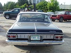 Garage Full- Muscle Car Must Go- 70' Superbird-p1010023.jpg