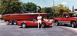 Red Boat Pics-fountain_1.jpg