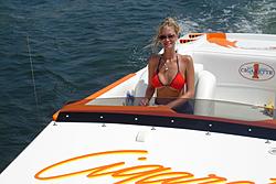 Floating Reporter-5/30/04-dsc00060.jpg
