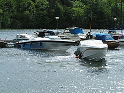 My neighbour splashed his 36' today-z_pict0054.jpg