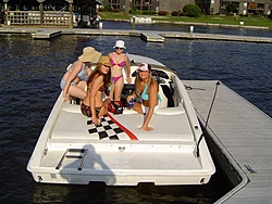 Lake Travis July 4 weekend?-girls-boat2.jpg