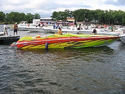 Hotboat poker run at Loto pics.-wet-zone.jpg
