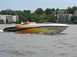 Hotboat poker run at Loto pics.-pro-body-works.jpg