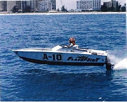 Race boat Pic-race332.jpg