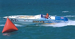 Race boat Pic-02-can.jpg