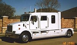 Medium Duty Trucks-01.jpg