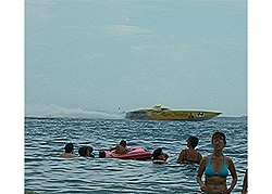 Viewing of Offshore races zucks!-jgriffsrq4.jpg