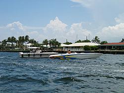Floating Reporter-7/11/04-img_3611.jpg