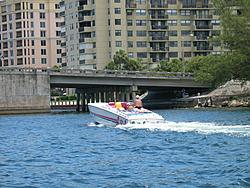 Floating Reporter-7/11/04-img_3614.jpg