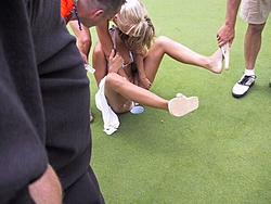 It was cold so we Golfed w/the Hooters Girls-dist-6.jpg
