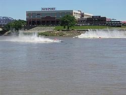 Patrol boats needed for New Richmond (Cincinnati, OH) Grand Prix August 7th & 8th!!-hydros-good-shot-newport.jpg